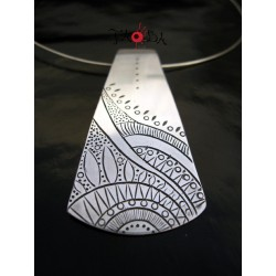 Collar Pirámide Mandala 1